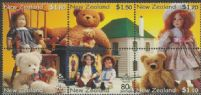 NZ SG2360a Teddy Bears and Dolls health stamp block of 6
